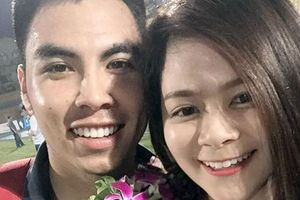 Chuyện ngôn tình của 'hoàng tử' ĐT Việt Nam và nữ sinh viên nóng bỏng