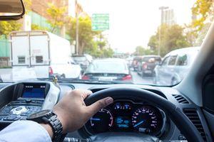 Sắm xe hơi tiền tỉ nhưng lại không dám chi tiêu cho điều này?
