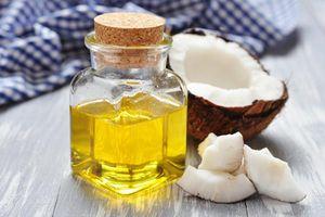 Có nên dùng dầu dừa khắc phục tình trạng 'khô hạn' cho phụ nữ?