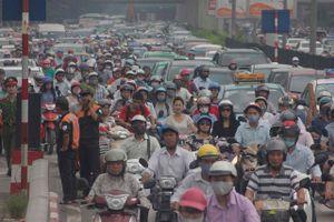 Mỗi năm Hà Nội tăng thêm 200.000 người, tương đương một huyện lớn