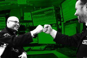 Hiệu ứng Cyber Monday, chứng khoán Mỹ vọt mạnh phiên đầu tuần