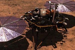 Tàu thám hiểm của NASA hạ cánh an toàn xuống sao Hỏa
