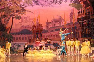 Kết hợp múa ballet và dân gian truyền thống trong 'Kẹp hạt dẻ' phiên bản Việt