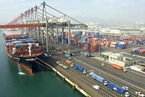 Tổng thống Mỹ dọa áp thuế 267 tỷ USD đối với hàng hóa Trung Quốc