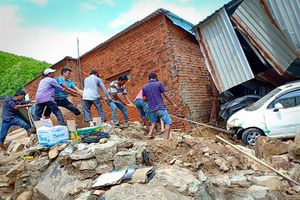 Khánh Hòa thiệt hại gần 400 tỷ đồng do bão số 8 và số 9
