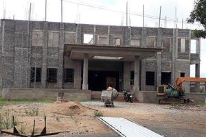 Vì sao việc mở rộng Bệnh viện đa khoa Cà Mau dang dở?