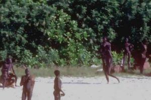 Vì sao không nên thu hồi thi thể của thanh niên Mỹ bị bộ lạc giết?