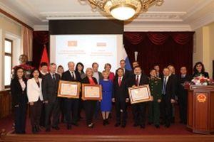 Trao Huân chương Hữu nghị tặng ba trường Đại học của LB Nga