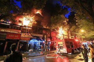 Vụ 20 căn nhà cạnh BV Nhi Trung ương bị thiêu rụi: Khởi tố ông 'Hiệp khùng'