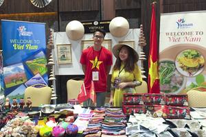 Đại sứ quán Việt Nam tham dự Hội chợ từ thiện tại Thổ Nhĩ Kỳ