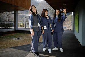 Dịch vụ lạ nở rộ ở Hàn Quốc: 'Ngồi tù' trốn áp lực từ công việc, cuộc sống