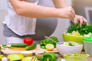 Mẹ bầu ăn chay, con sinh ra có bị nhẹ cân không?