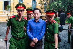 Đại án DongABank: Quốc tịch thứ 2 của Vũ Nhôm ở đâu?