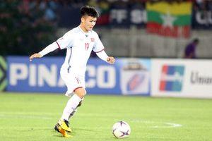 Clip: Bàn thắng của Quang Hải lọt top siêu phẩm ở vòng bảng AFF Cup 2018