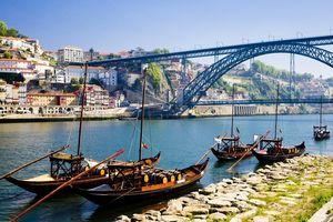 Ngắm nhìn vẻ đẹp huyền ảo của thành phố cảng Porto, Bồ Đào Nha