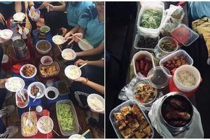 'Góp gạo thổi cơm chung', teen Đồng Tháp sở hữu bữa cơm trưa thịnh soạn như nhà hàng