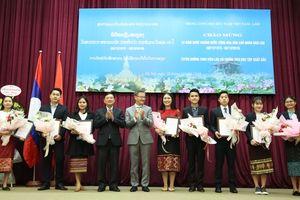 Không ngừng củng cố, phát triển quan hệ Việt - Lào