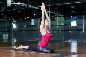 Bài tập yoga cho phụ nữ sau sinh lấy lại vóc dáng