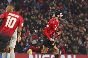Fellaini ghi bàn phút cuối, Man Utd giành vé vào vòng knock out