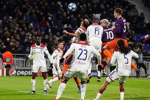 Bị Lyon cầm hòa, Man City vẫn vượt qua vòng bảng Champions League