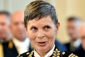 NATO có nữ tướng đầu tiên đứng đầu quân đội 1 nước thành viên