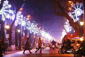 Hà Nội sẽ trang trí đường phố dịp Tết 2019 như thế nào?