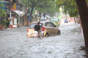TPHCM: kẹt xe, ngập nước triền miên nhưng vốn đầu tư không dùng hết