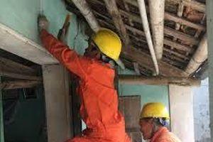 Hỗ trợ 6000 hộ nghèo, gia đình chính sách sửa chữa hệ thống điện