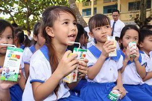 Vinamilk được chọn là đơn vị cung cấp sữa học đường cho Hà Nội