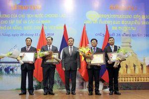 UBND TP Đà Nẵng nhận Huân chương Lao động của Chủ tịch nước CHDCND Lào