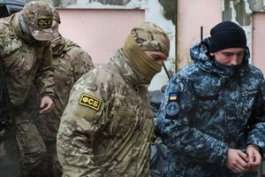 'Thủy chiến' Nga - Ukraine: Nguy cơ leo thang căng thẳng