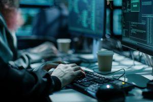 Chạy quảng cáo lừa đảo trực tuyến thu hàng triệu USD