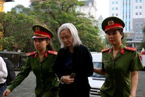 Đại án DongA Bank: 'Biết sai nhưng lệnh cấp trên, phải thực hiện'