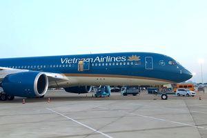 'Chúa đảo Tuần Châu' mua hết vé chuyến bay đầu tiên đến Quảng Ninh