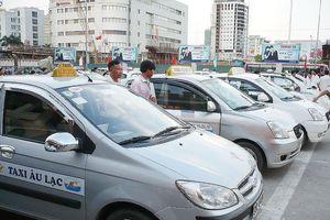 Chuyên gia nói gì về 'đồng phục' cho taxi Hà Nội