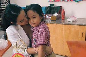 Showbiz 29/11: Phạm Quỳnh Anh kể phản ứng của con gái khi bố mẹ ly hôn