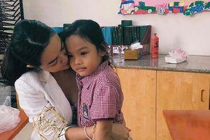 Hậu ly hôn, Phạm Quỳnh Anh dặn con phải mạnh mẽ, kiên cường