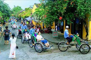 Khách quốc tế đến Việt Nam đạt hơn 14,1 triệu lượt