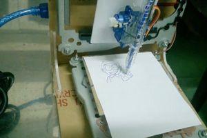 Độc đáo 'Rô bốt họa sĩ' của học sinh Huế