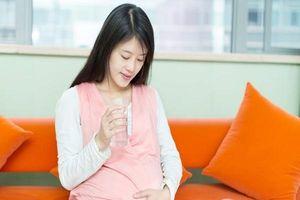 Chuyên gia tư vấn: Bà bầu bị cảm nên làm gì cho mau khỏe?