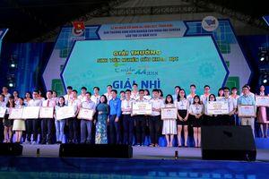 Sinh viên Trường Đại học GTVT TP. Hồ Chí Minh đạt giải Nhì Giải thưởng Euréka 2018