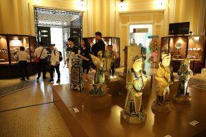 Chiêm ngưỡng cổ vật tại Bảo tàng lịch sử TPHCM