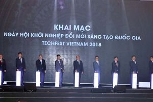 Thủ tướng Nguyễn Xuân Phúc: Nhiệt huyết khởi nghiệp đổi mới sáng tạo làm cho quốc phú, dân cường