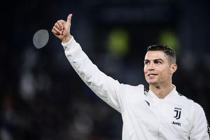 Cristiano Ronaldo thỏa thuận với AC Milan nhưng lại kí hợp đồng với Juventus