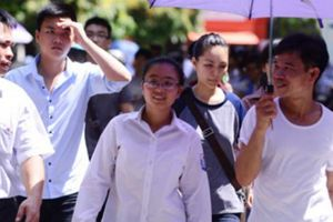 Khảo sát học phí Đại học tăng: 28% sinh viên có nguy cơ phải bỏ học