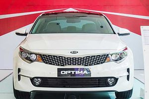 Kia Optima tại Việt Nam 'đại hạ giá' còn 757 triệu đồng