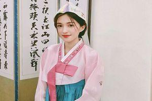 Mặc đồ Hanbook xinh tuyệt sắc, nữ sinh ĐH Sài Gòn chiếm sóng MXH