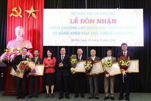 Nhiều cán bộ, nguyên cán bộ của Bộ GD&ĐT được khen thưởng cấp nhà nước
