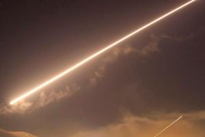 Phòng không Syria chặn đứng một cuộc tấn công gần Damascus