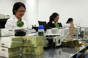 Lãi suất huy động tiền đồng tăng cao
